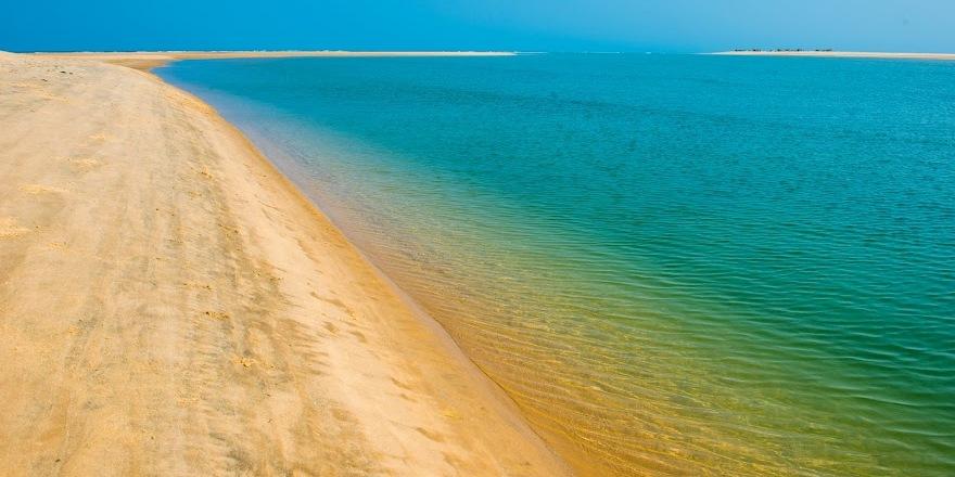 Belo sur Mer par Francky Dovan