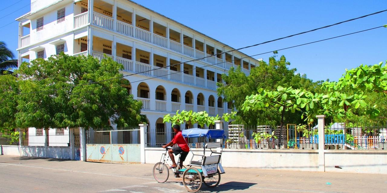 MORONDAVA, COLLEGE NASSOR