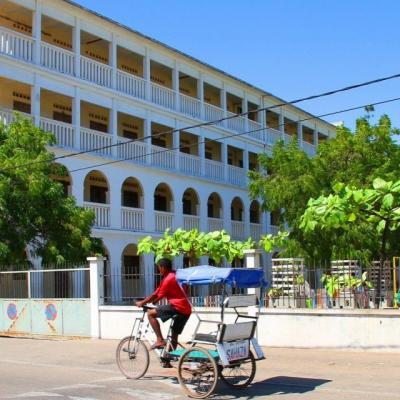 MORONDAVA : FLANERIES DANS SES RUES