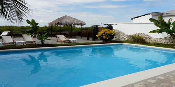 Baobab cafe piscine 2