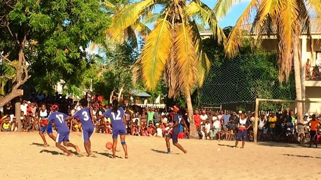 Beach soccer morondava 2017 COTE PUBLIC