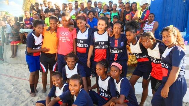 Beach soccer morondava 2017 TEAM SANS FIL