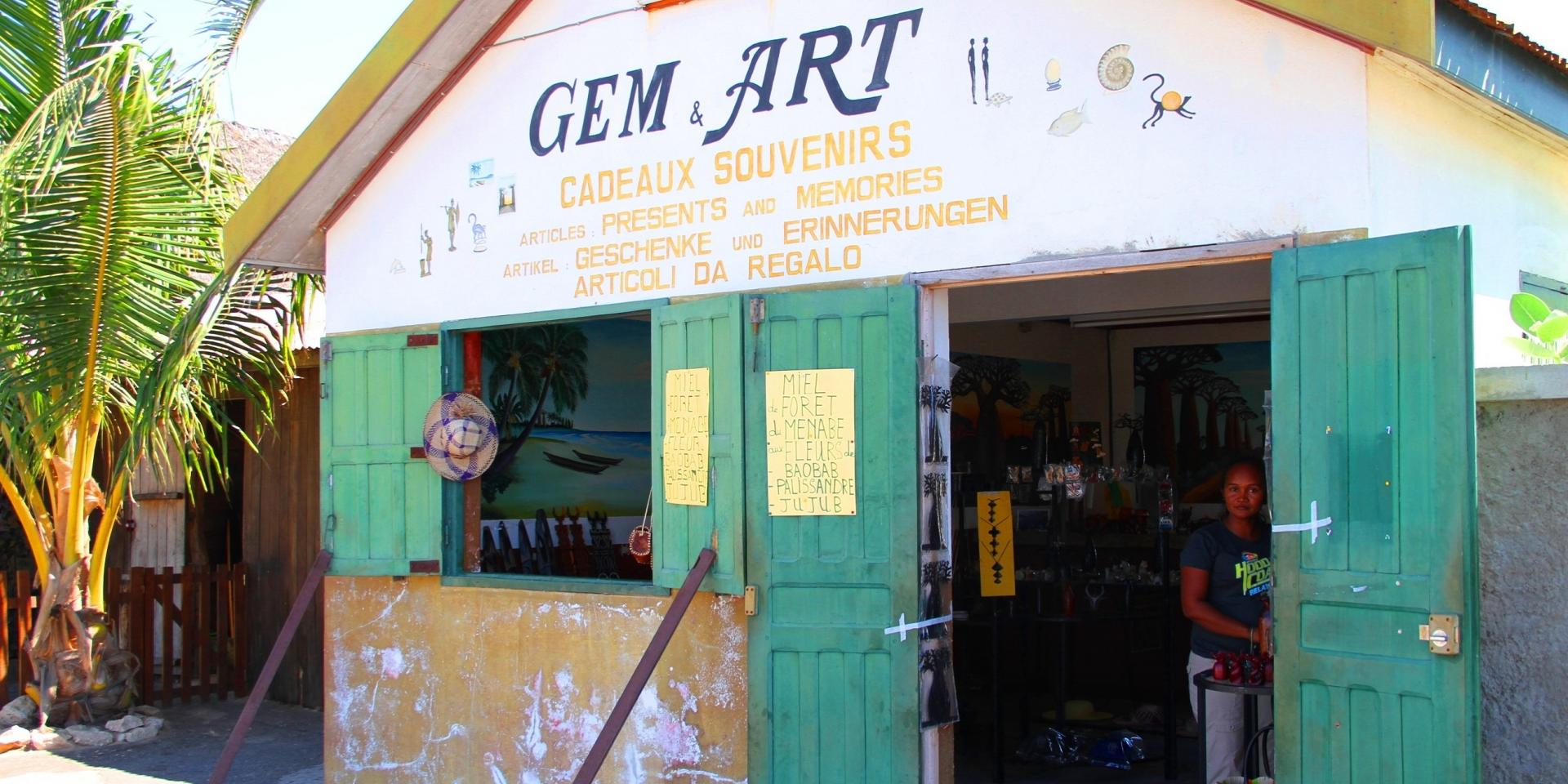 BOUTIQUE GEM & ART Morondava