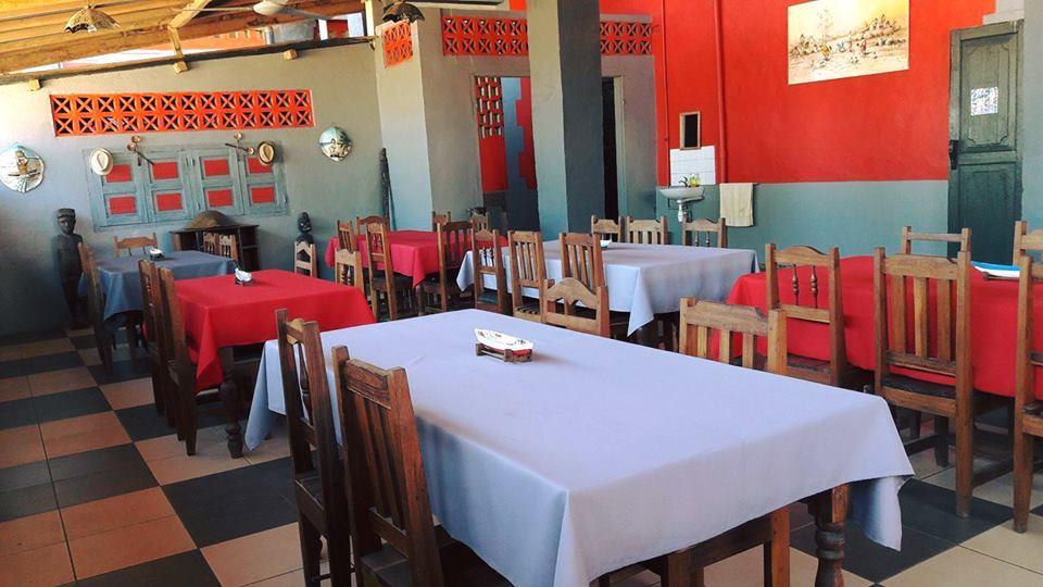 Hotel restaurant menabe 12