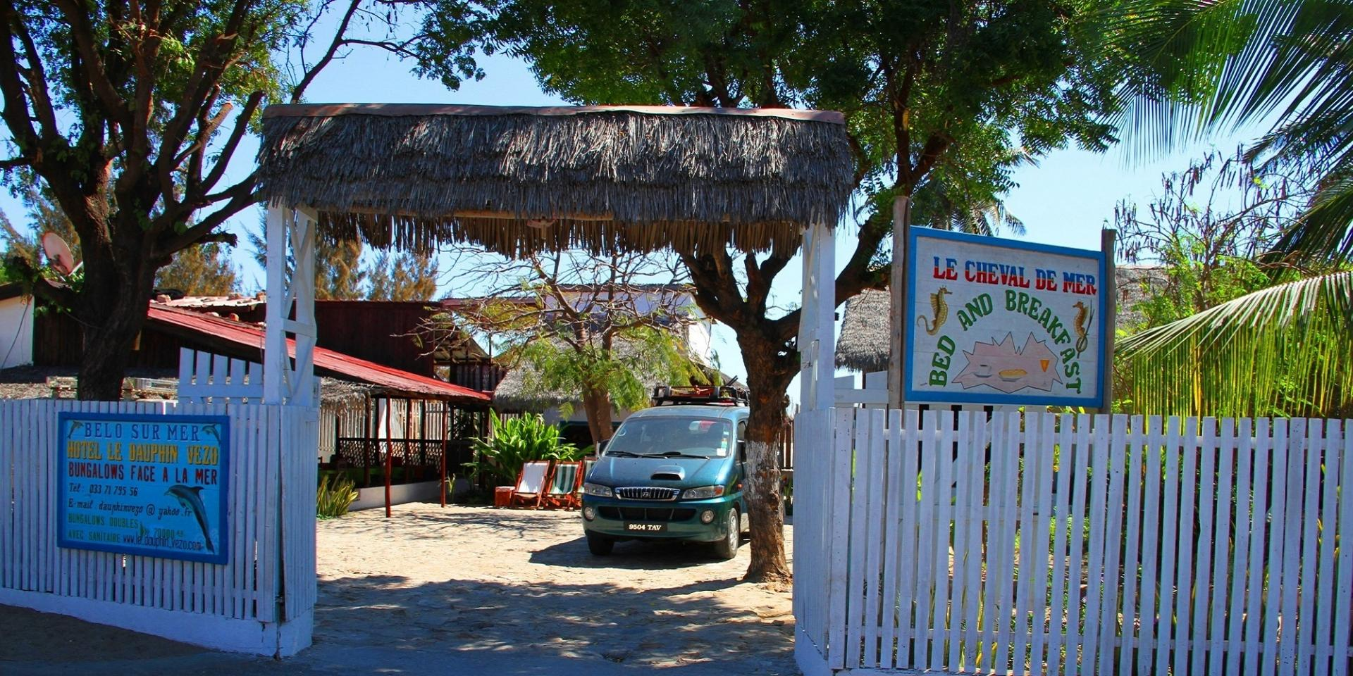 HOTEL, BAR RESTAURANT CHEVAL DE MER - NOSY KELY MORONDAVA