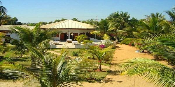 Le sun beach hotel restaurant 3