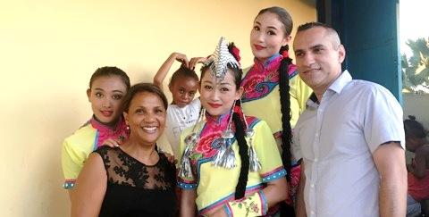 Le yunnan opera theater et roberto kolo