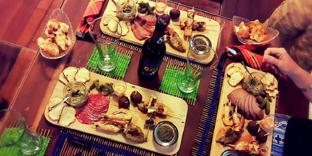 Lodge de la saline morondava madagascar brunch