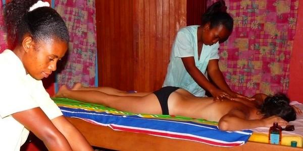 Morondava beach massage