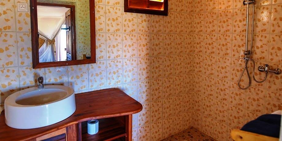 Salle de bain cap kimony morondava