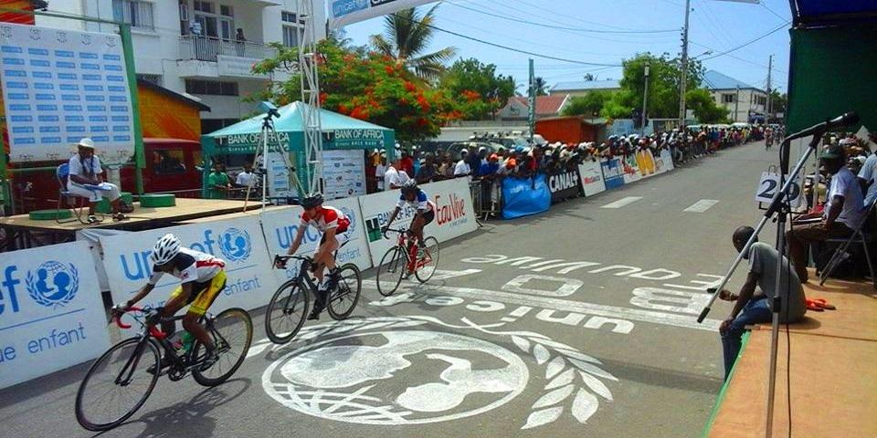 Tour de mada cycliste criterium de morondava