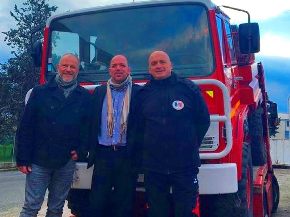 Trio pompiers 1